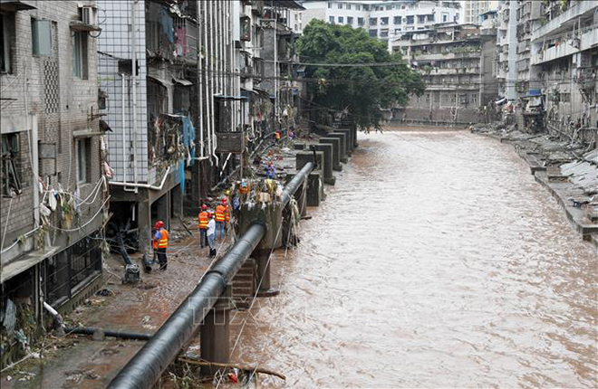 Trung Quốc Tiếp Tục Cảnh Bao Mưa Lớn Nguy Cơ Lũ Lụt Nghiem Trọng Keo Dai